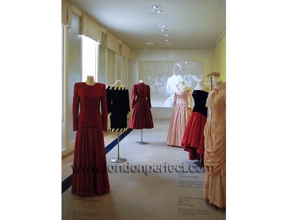 Gowns Worn By Princess Diana At Kensington Palace