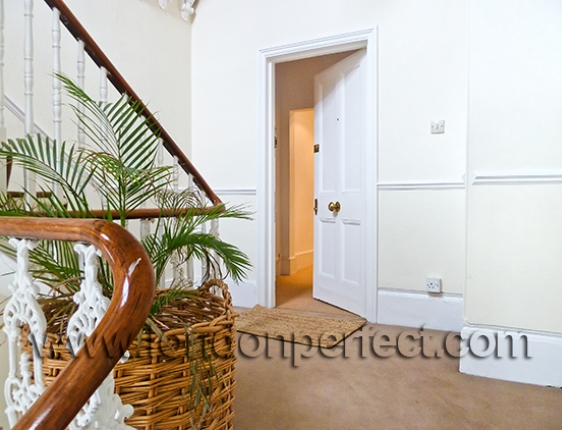 Entrance To The London Vacation Rental