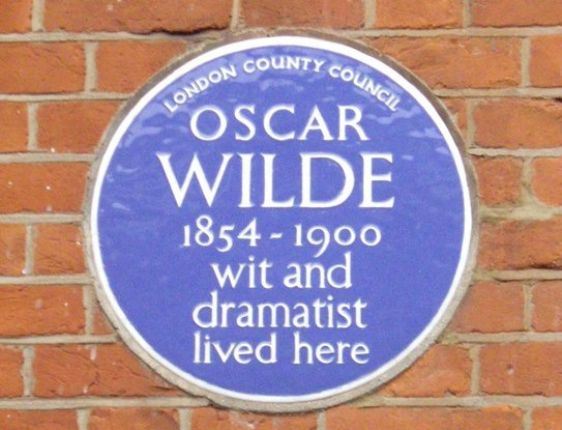 Stay just down the street from where Oscar Wilde lived!