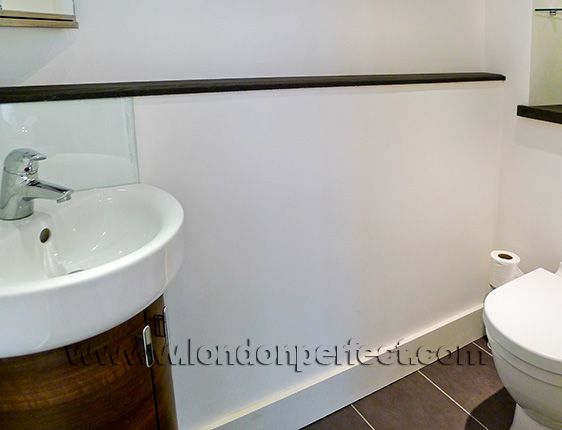 London Apartment Powder Room