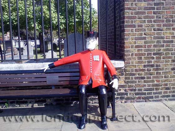 Chelsea Pensioner Statue on Bench