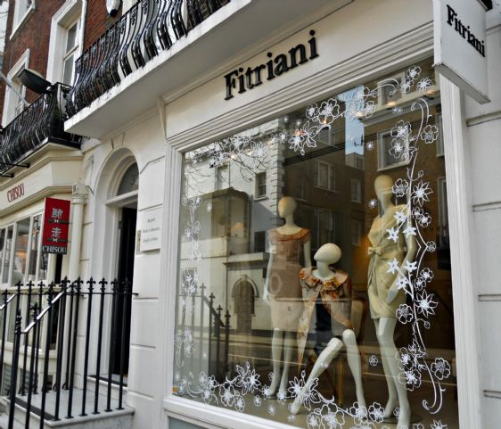 Charming boutiques along Beauchamp Place in London