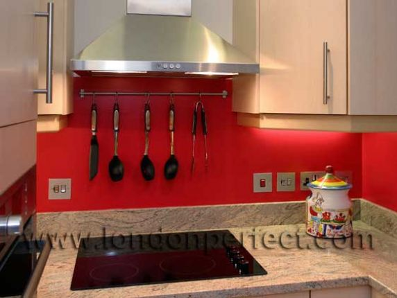 Red and white kitchen backsplash quotes for Red and black kitchen backsplash