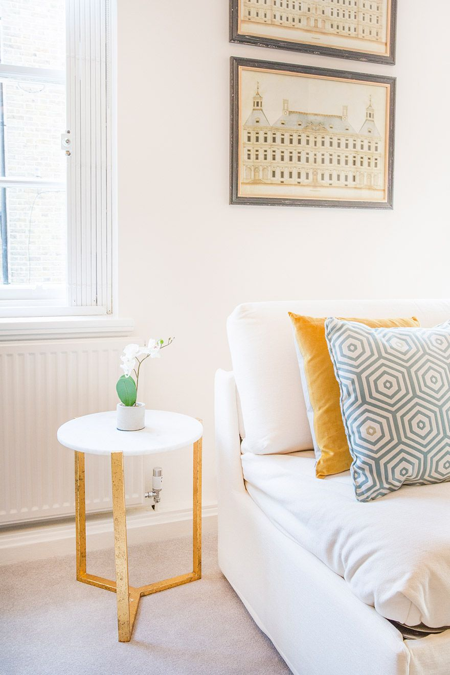 Small side table in the living room of the Gordon vacation rental offered by London Perfect