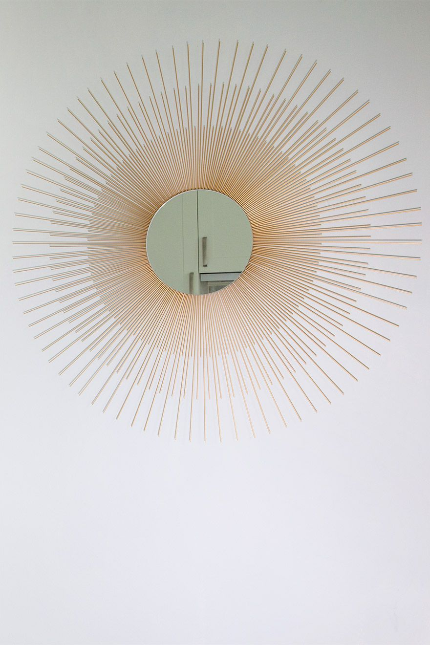 Copper mirror in the kitchen of the Gordon vacation rental offered by London Perfect