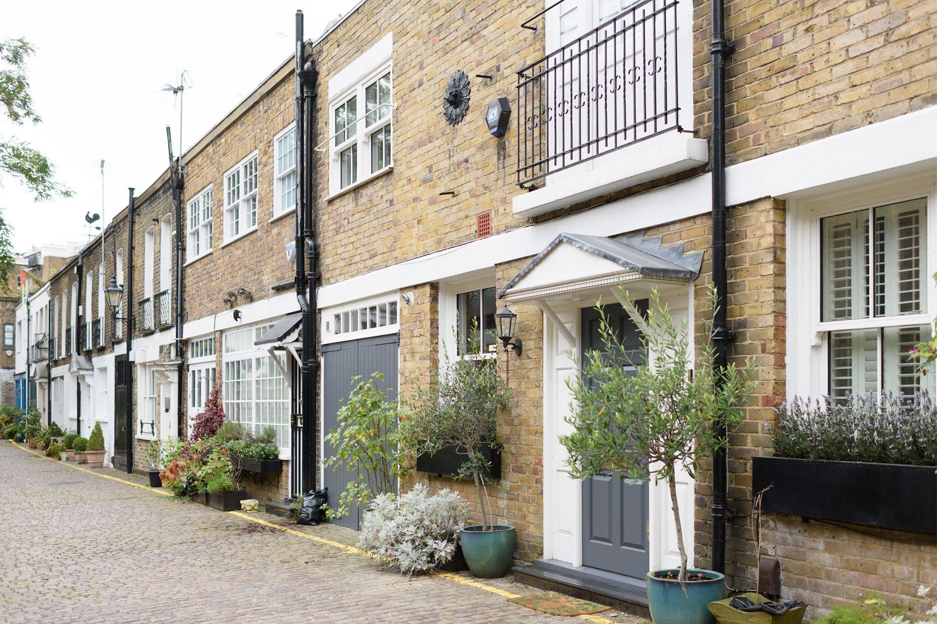 Charming London Mews exterior