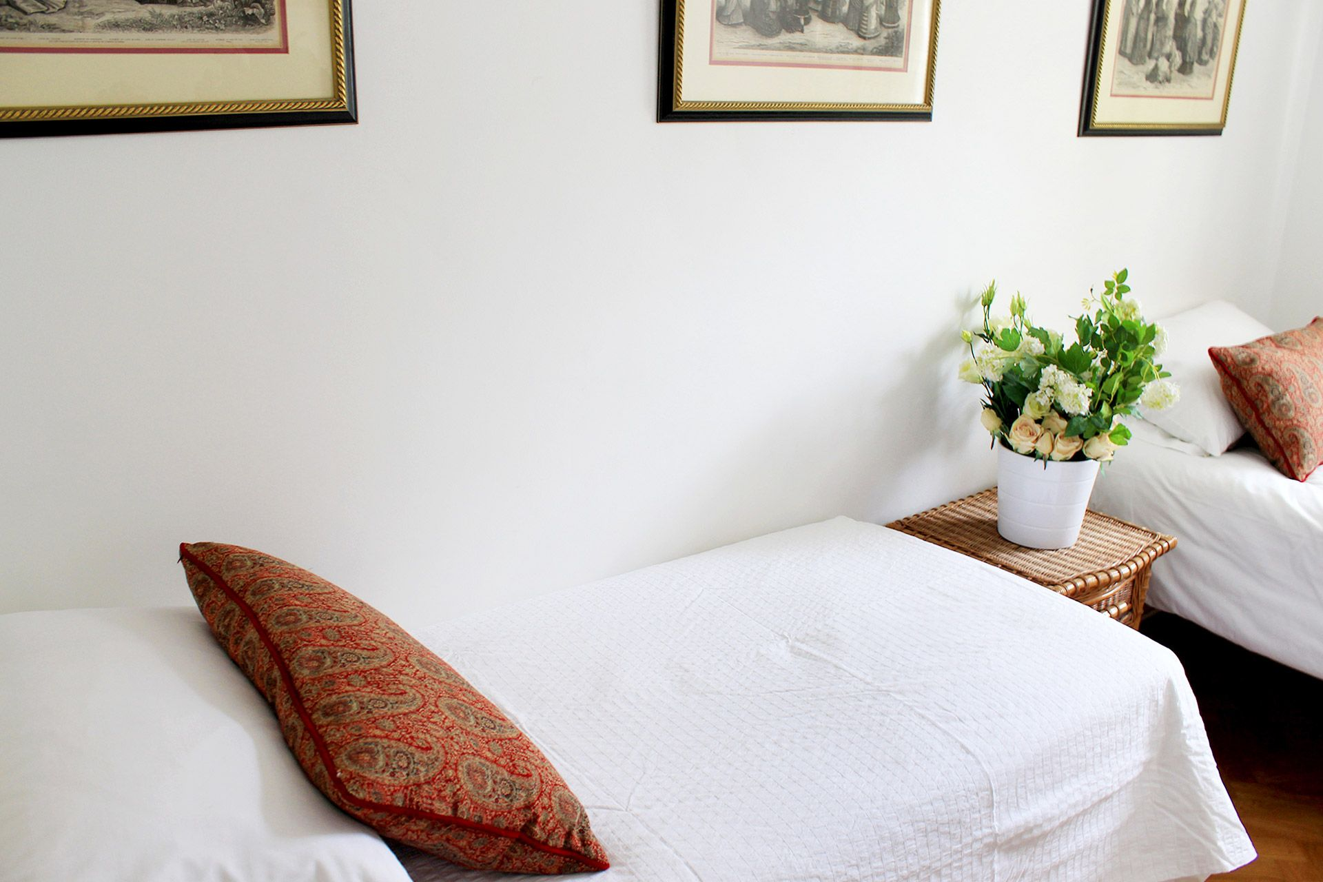 Two beds in the second bedroom of the Russell vacation rental offered by London Perfect