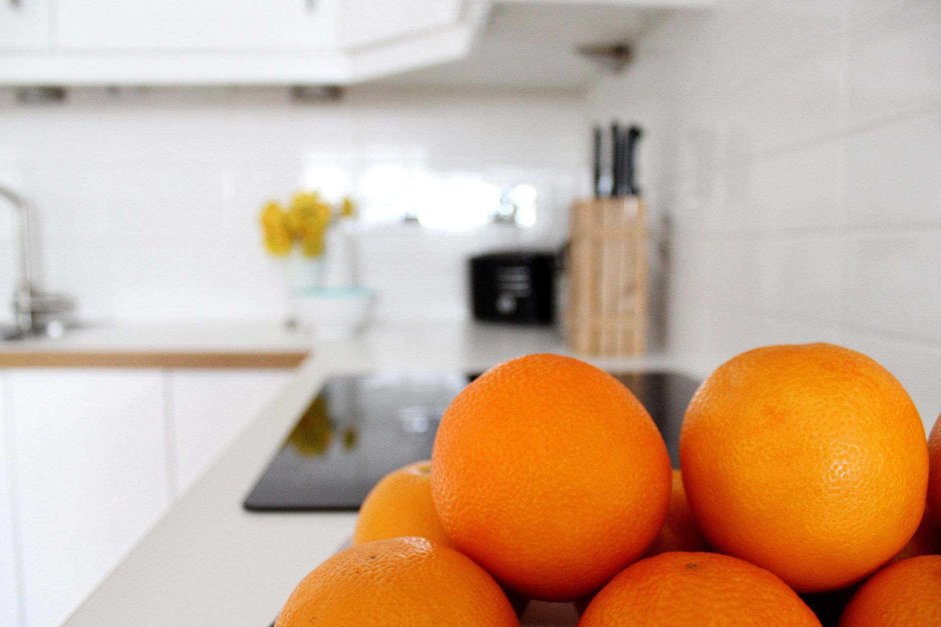 Fresh fruit in the kitchen of the Russell vacation rental offered by London Perfect