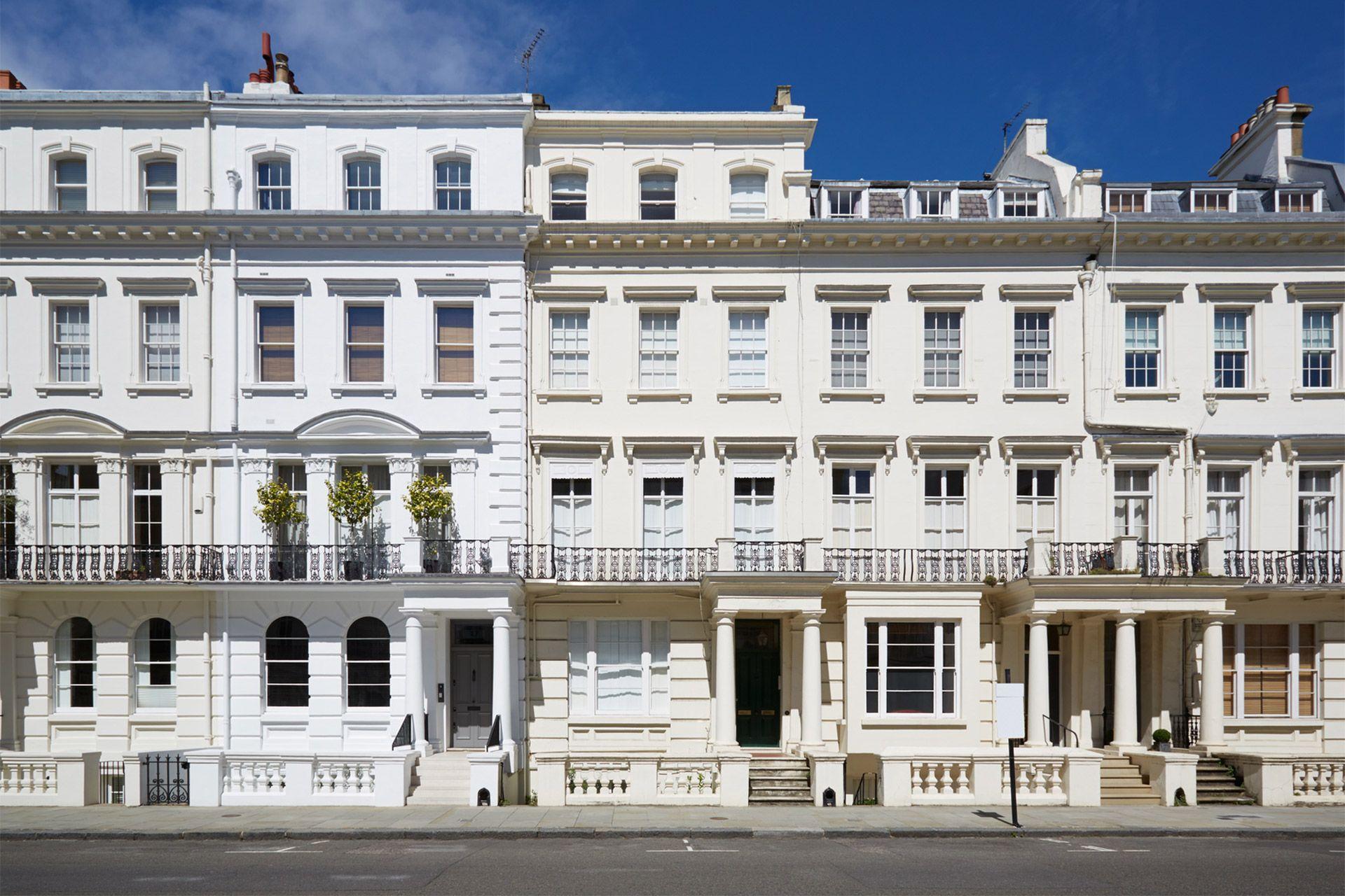 Stunning white townhouses in Kensington