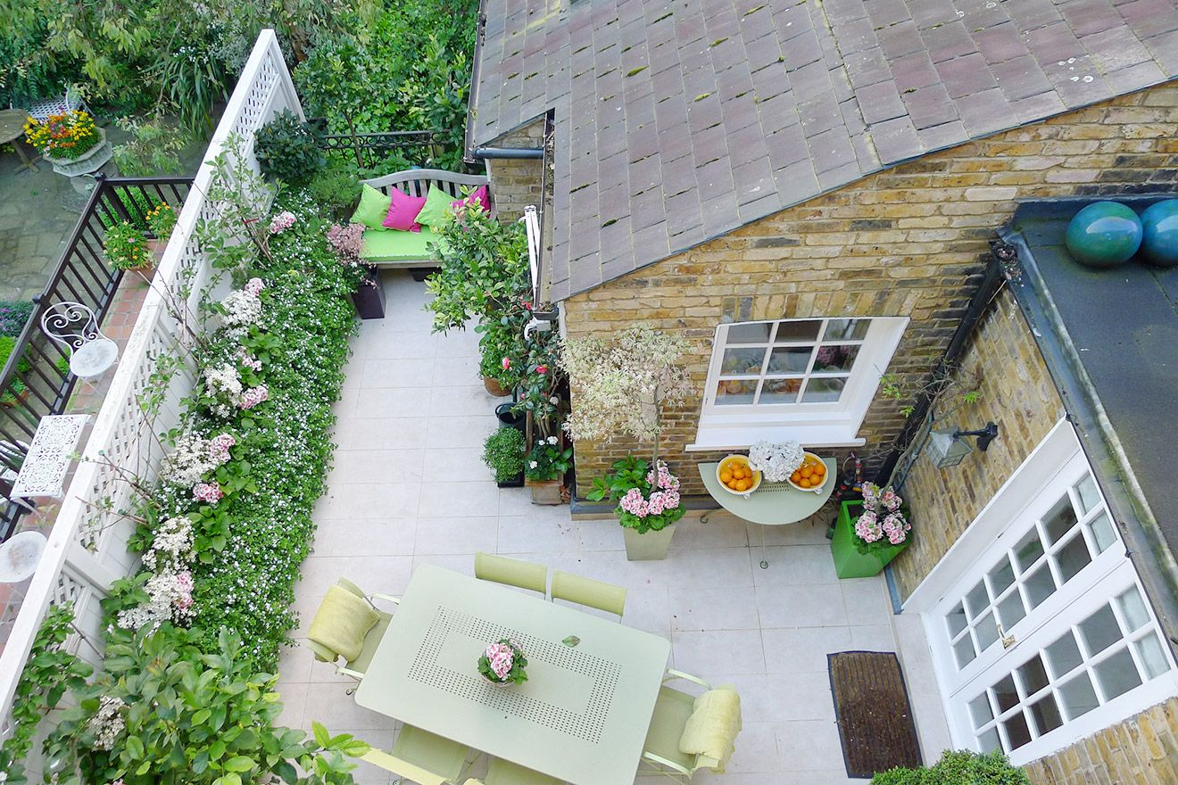 Birds eye view of the patio garden of the Victoria rental offered by London Perfect