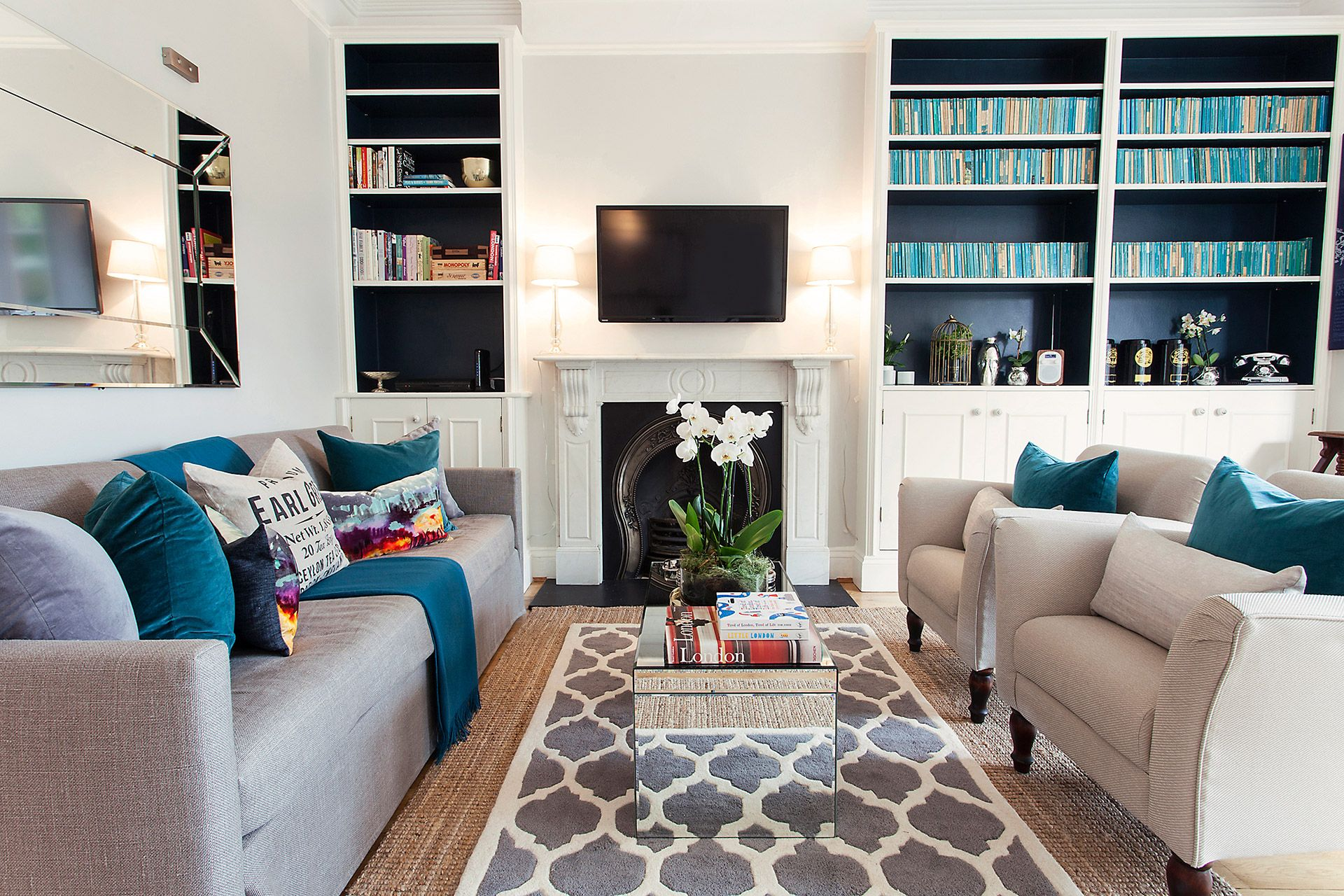 Modern style living area of the Austen vacation rental offered by London Perfect
