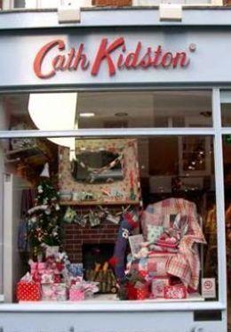 Shop along trendy King's Road in Chelsea
