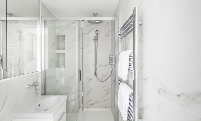 Marble Bathroom in Chelsea Vacation Rental offered by London Perfect