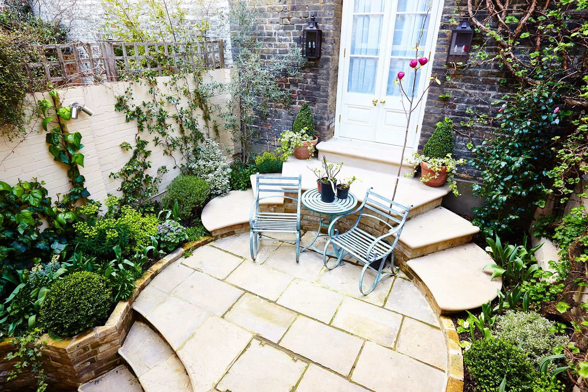 View of the courtyard from the third bedroom of the Wellington rental offered by London Perfect