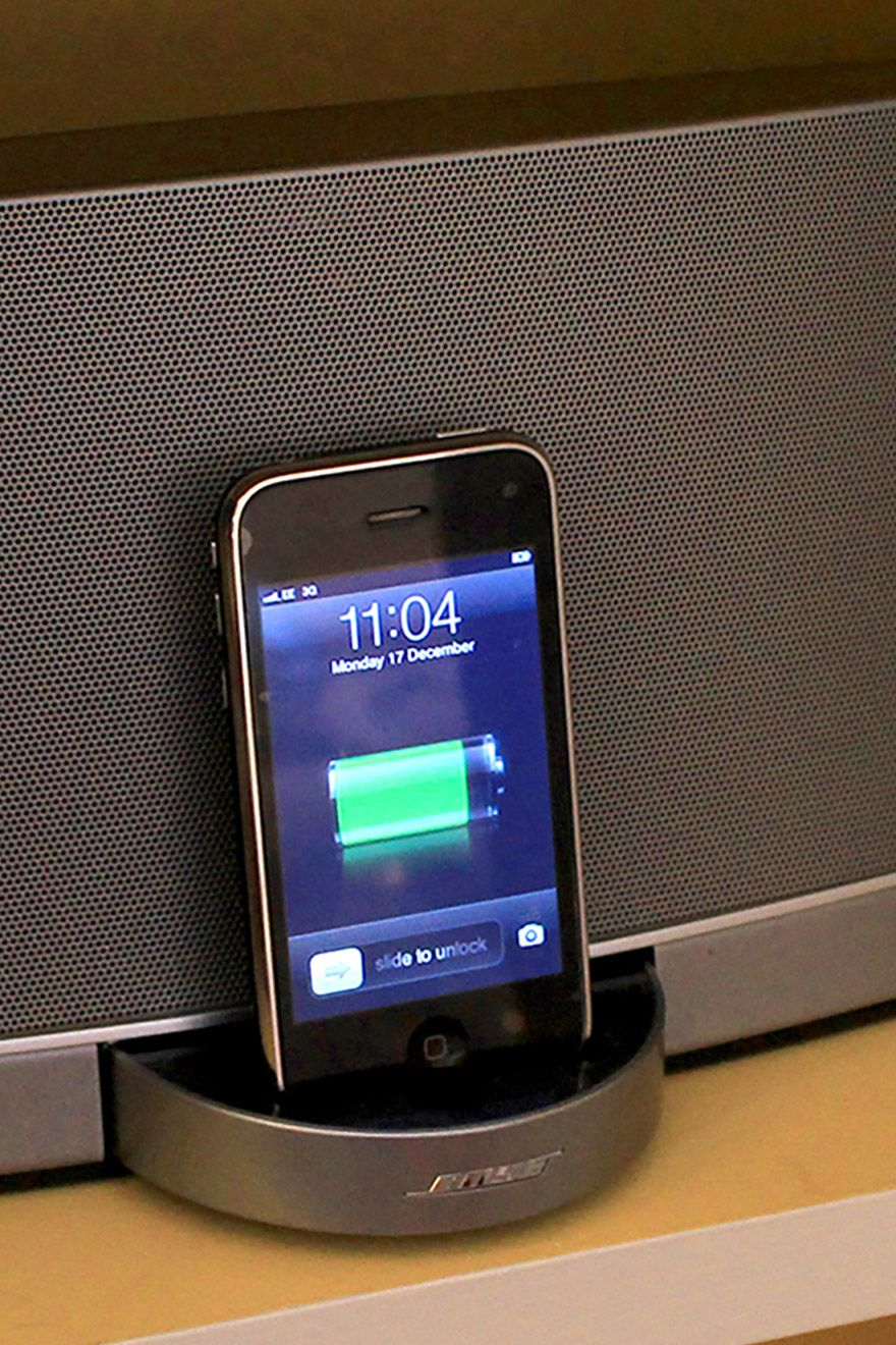 iPhone speaker dock in the living room of the Cavendish vacation rental offered by London Perfect