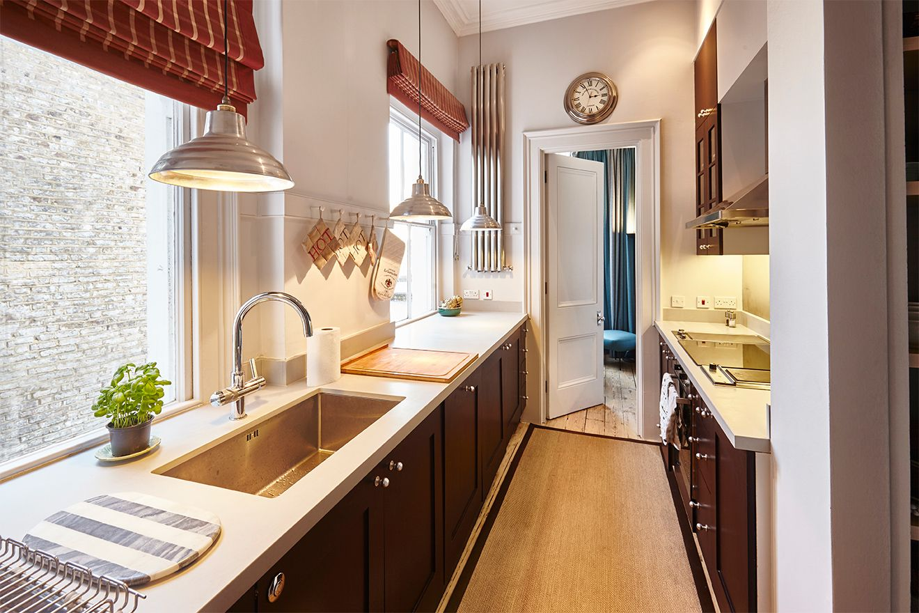 Fully equipped kitchen of The Gloucester vacation rental offered by London Perfect