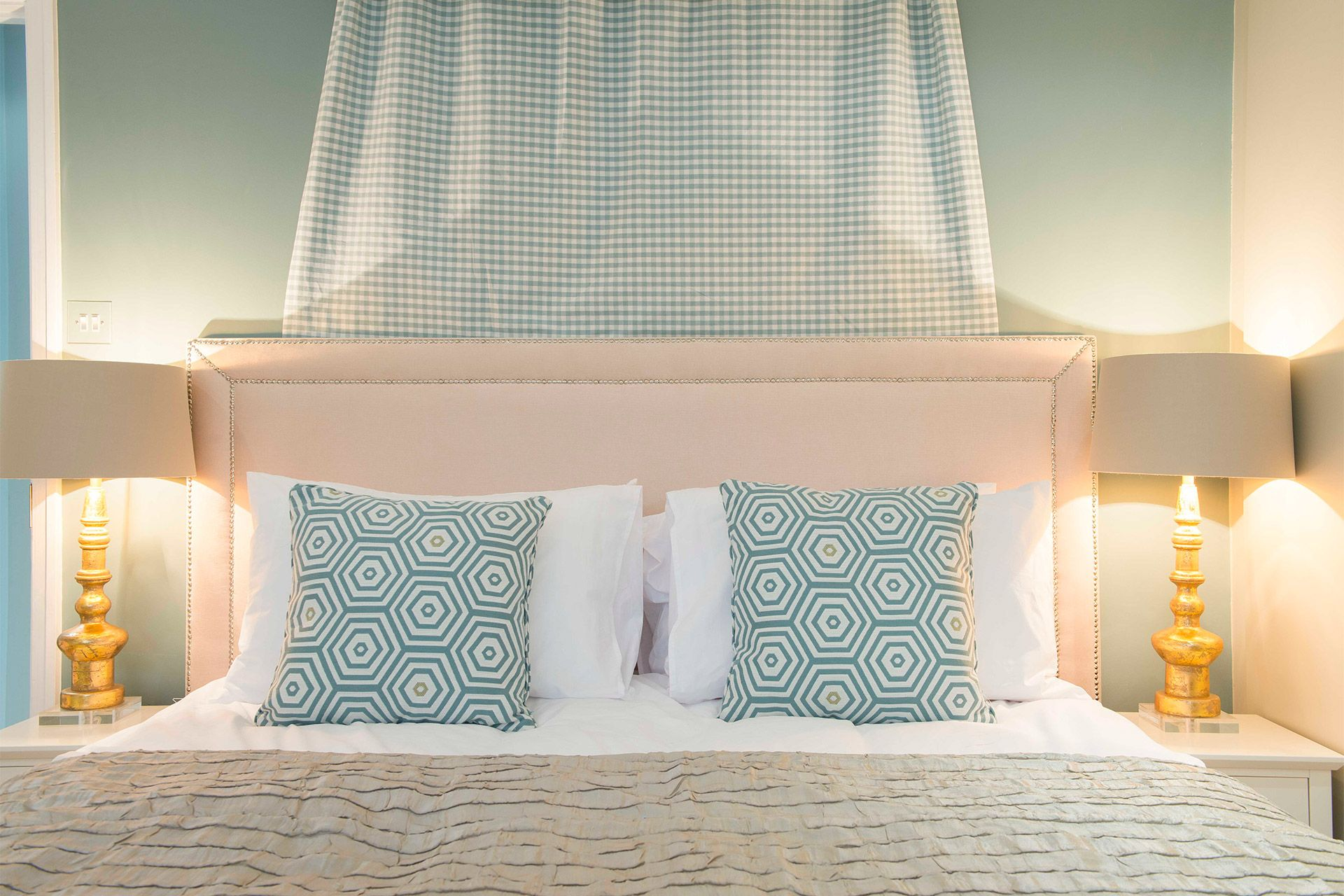 Blue pillows in Master bedroom of the Eldon vacation rental offered by London Perfect