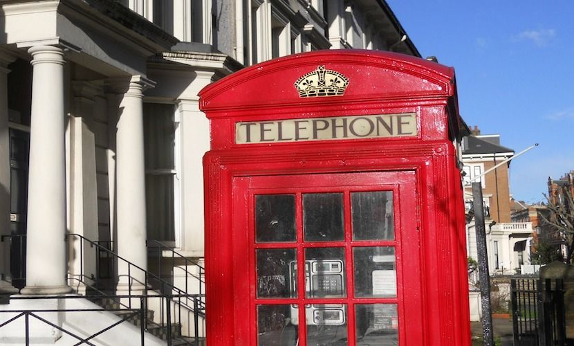 Take a photo in a classic London phone booth
