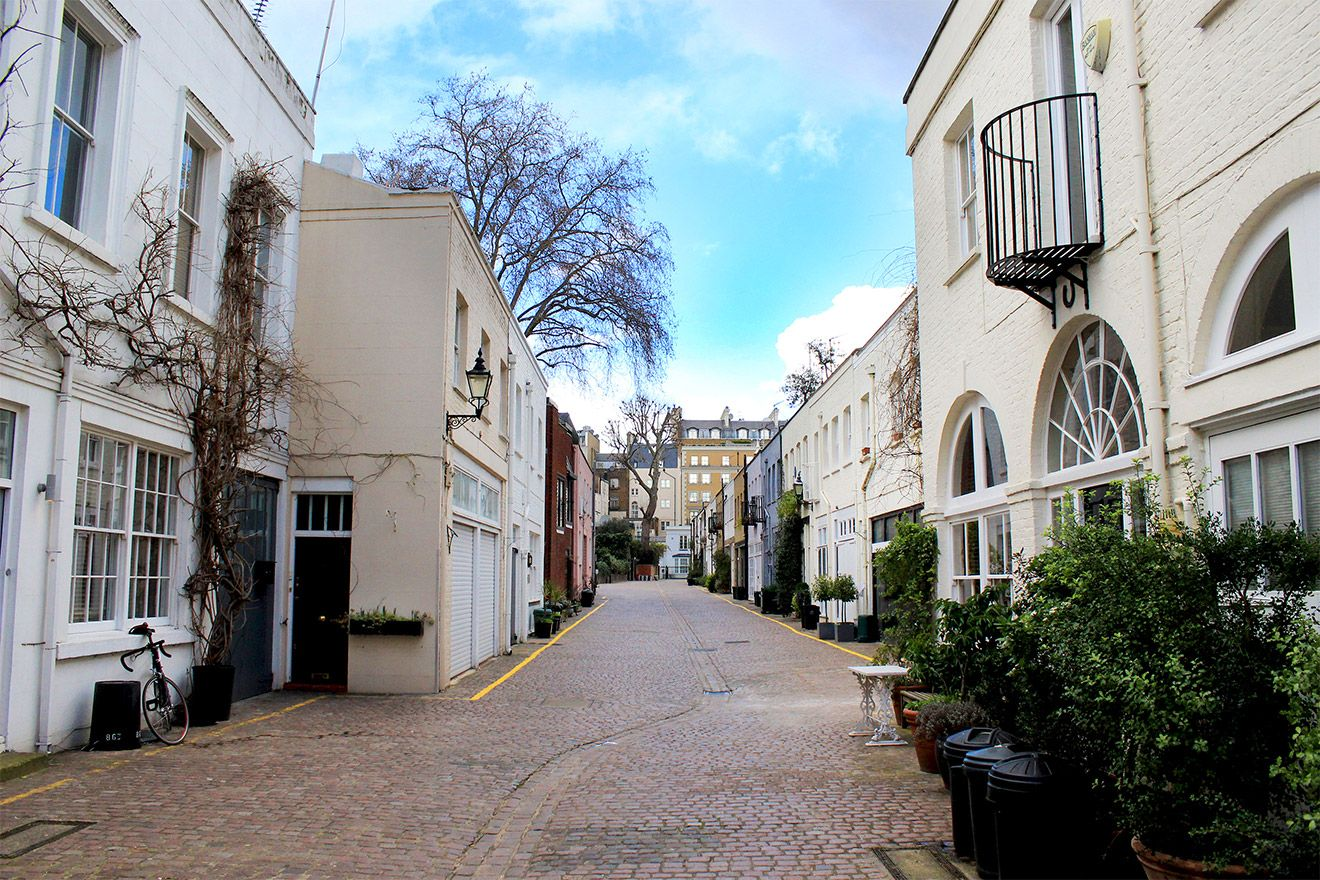 London Mews location of the Middleton vacation rental offered by London Perfect