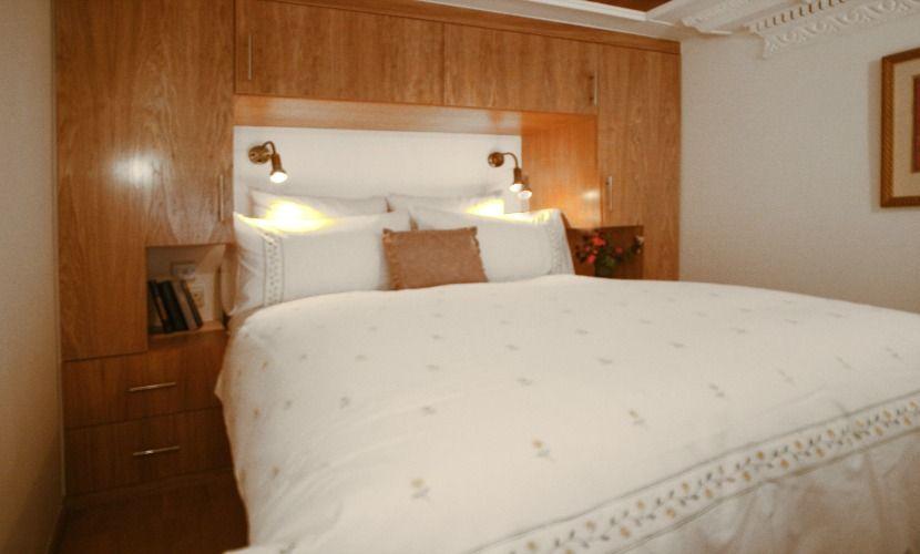 Studio apartment rental in south kensington london - Bed mezzanie kind ...