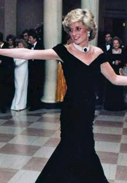 Enjoy a tour through the palace where Princess Diana lived