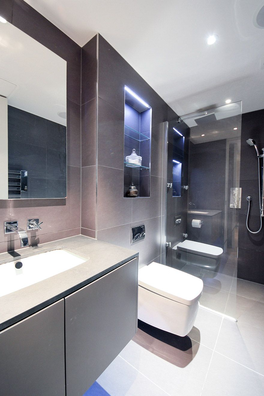 Elegant en suite bathroom of the Gladstone vacation rental offered by London Perfect