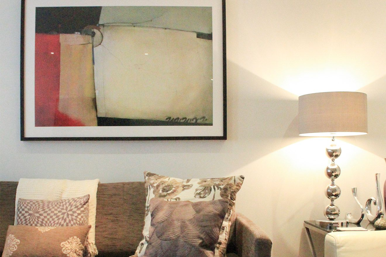 Modern paintings in the Gladstone vacation rental offered by London Perfect