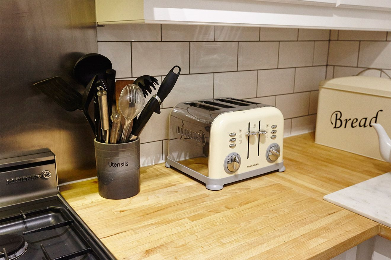 Toaster in kitchen of the MacDonald vacation rental offered by London Perfect