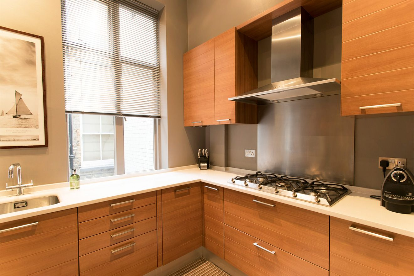Gorgeous contemporary kitchen of the Sloane vacation rental offered by London Perfect