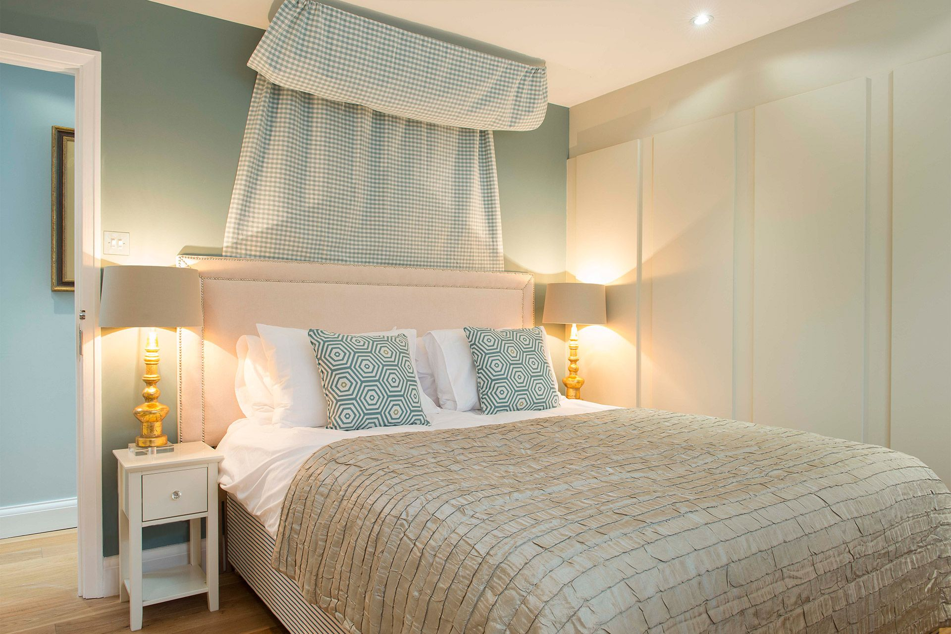 Elegant first bedroom of the Eldon vacation rental offered by London Perfect