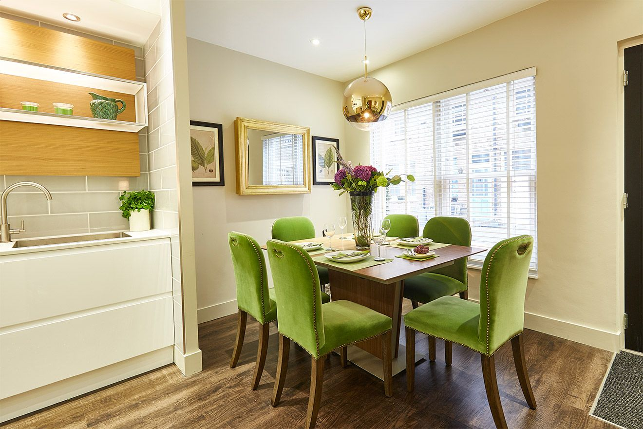 Elegant dining area of the Danebury vacation rental offered by London Perfect