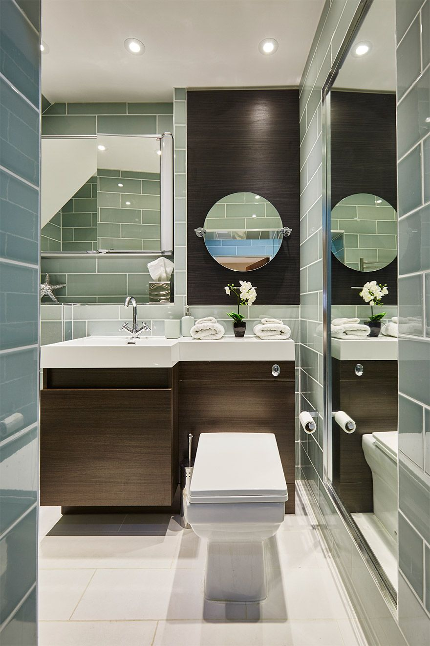 Modern and stylish bathroom of the Danebury vacation rental offered by London Perfect