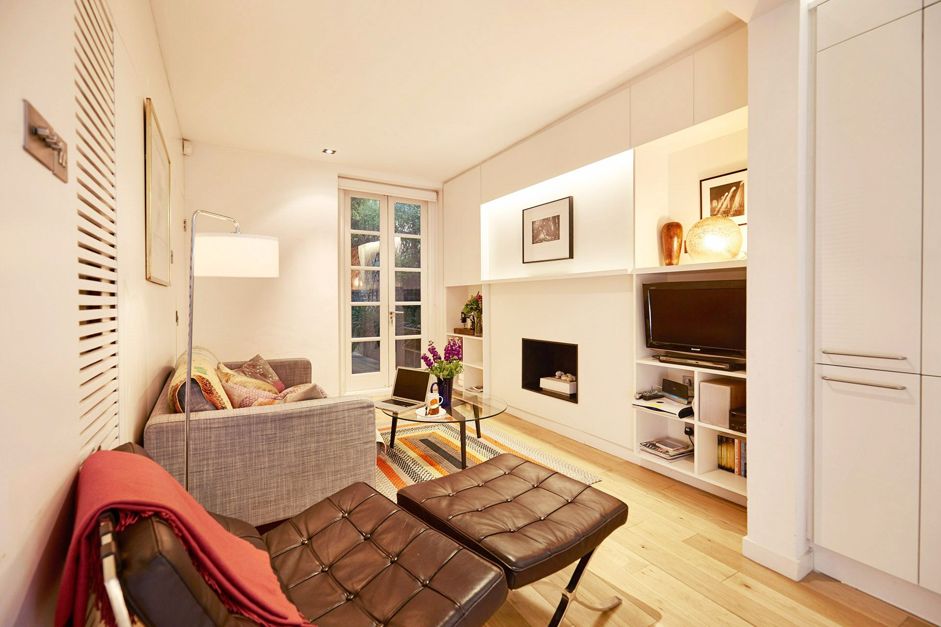 Beautiful Vacation Rental With Patio In Exclusive Chelsea London