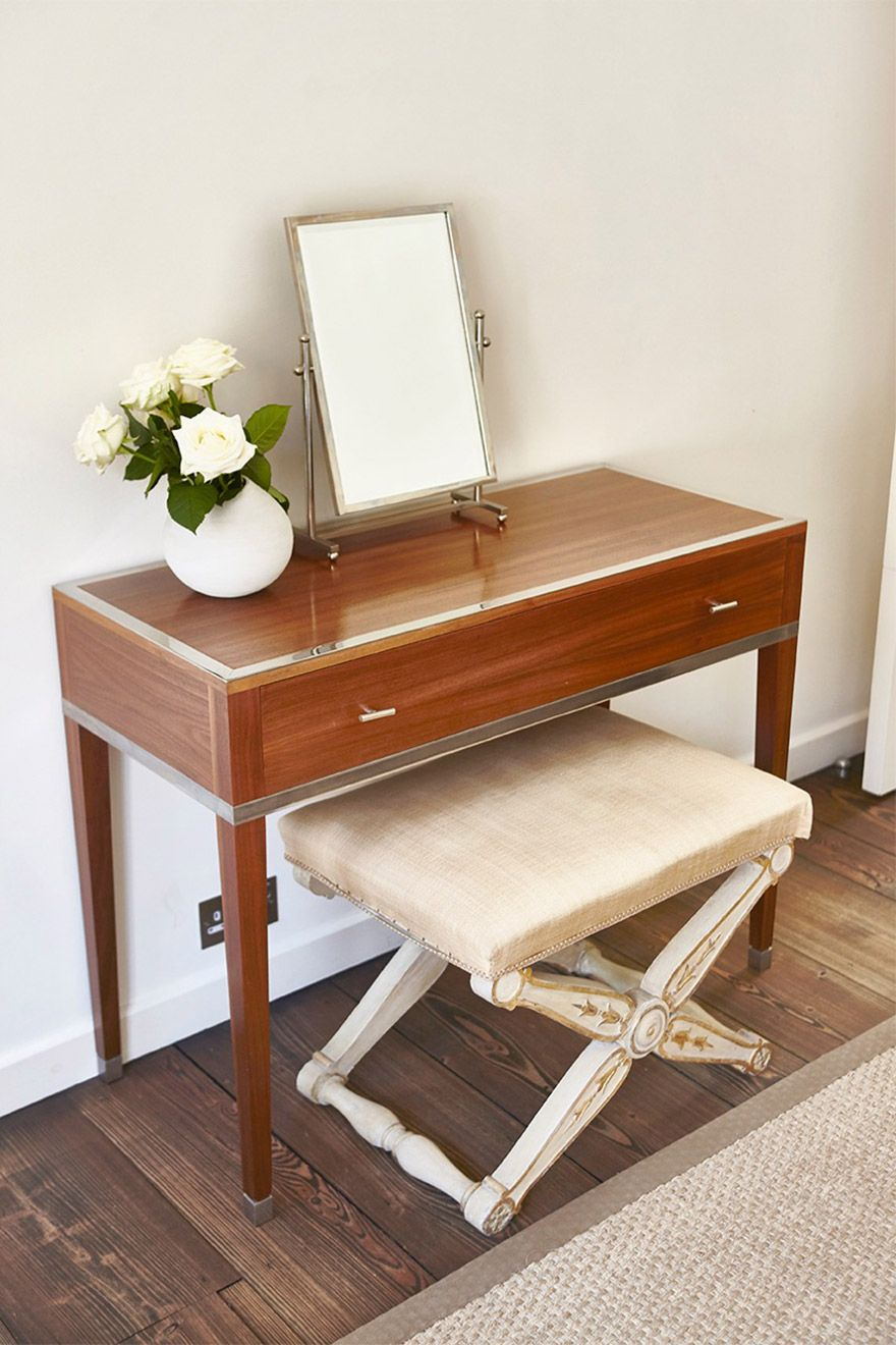 Freshen up your looks in front of this beautiful vanity