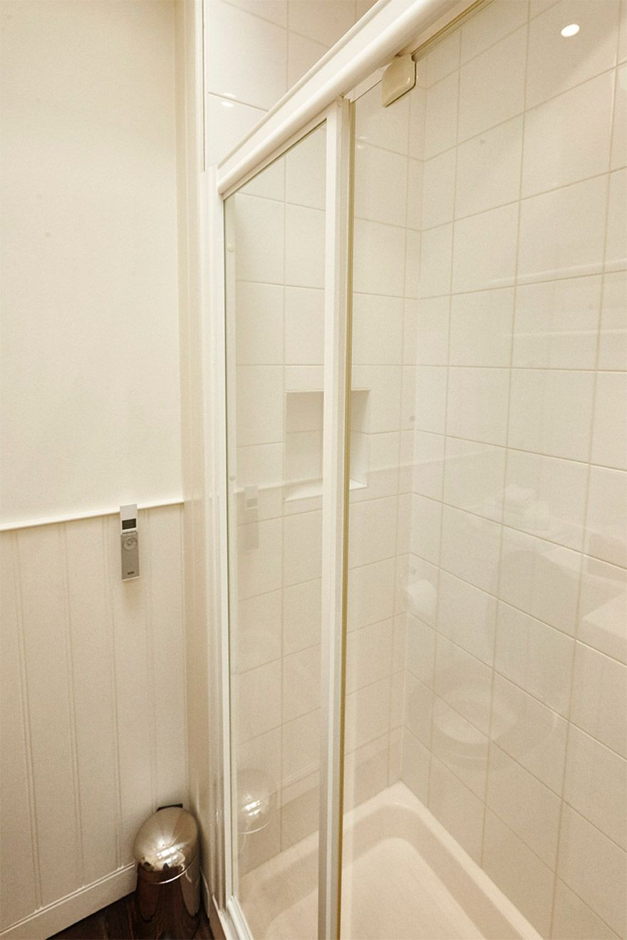 Second bathroom comes with its very own shower