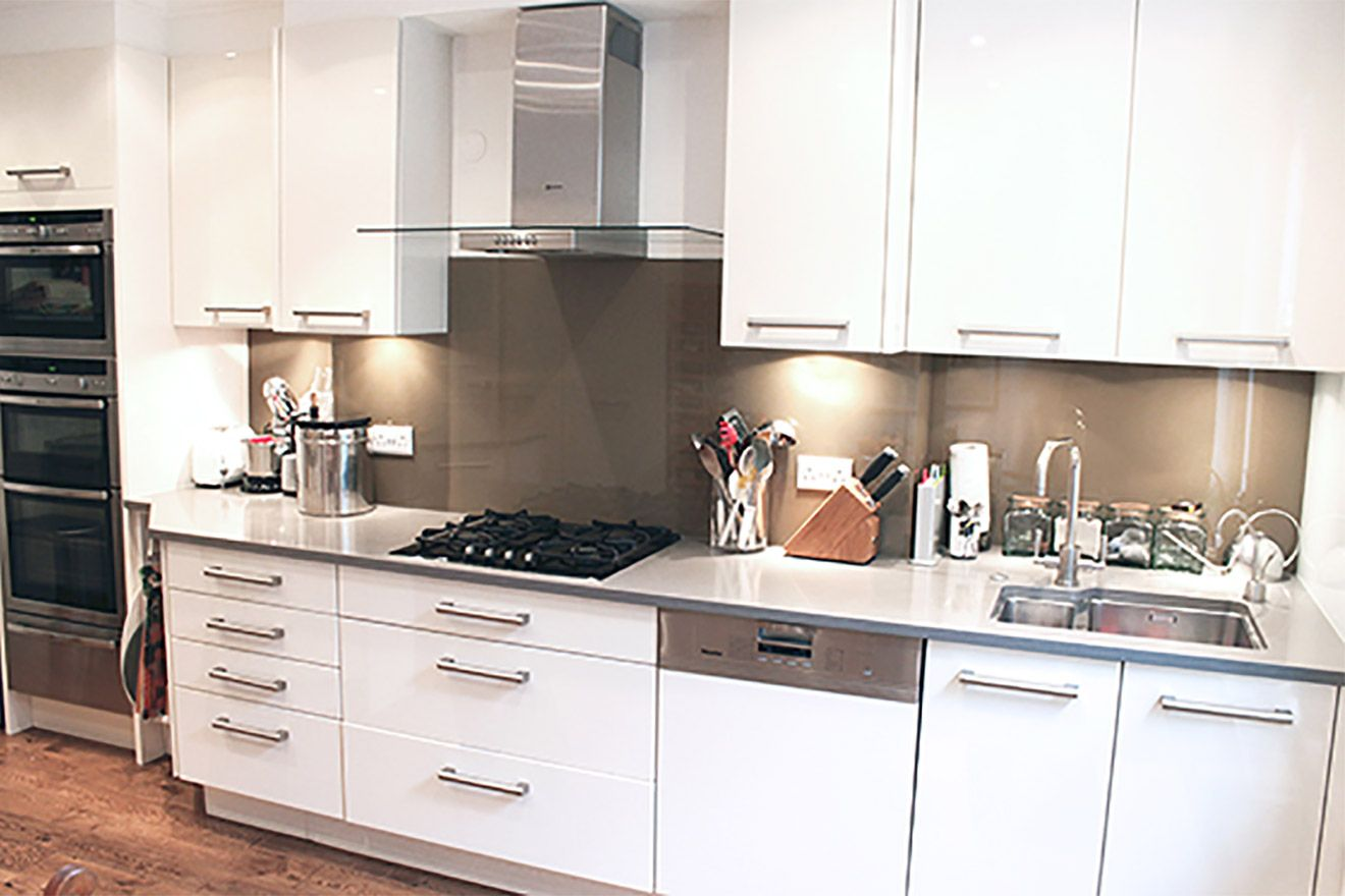 Fully remodelled modern kitchen of the Christchurch vacation rental offered by London Perfect