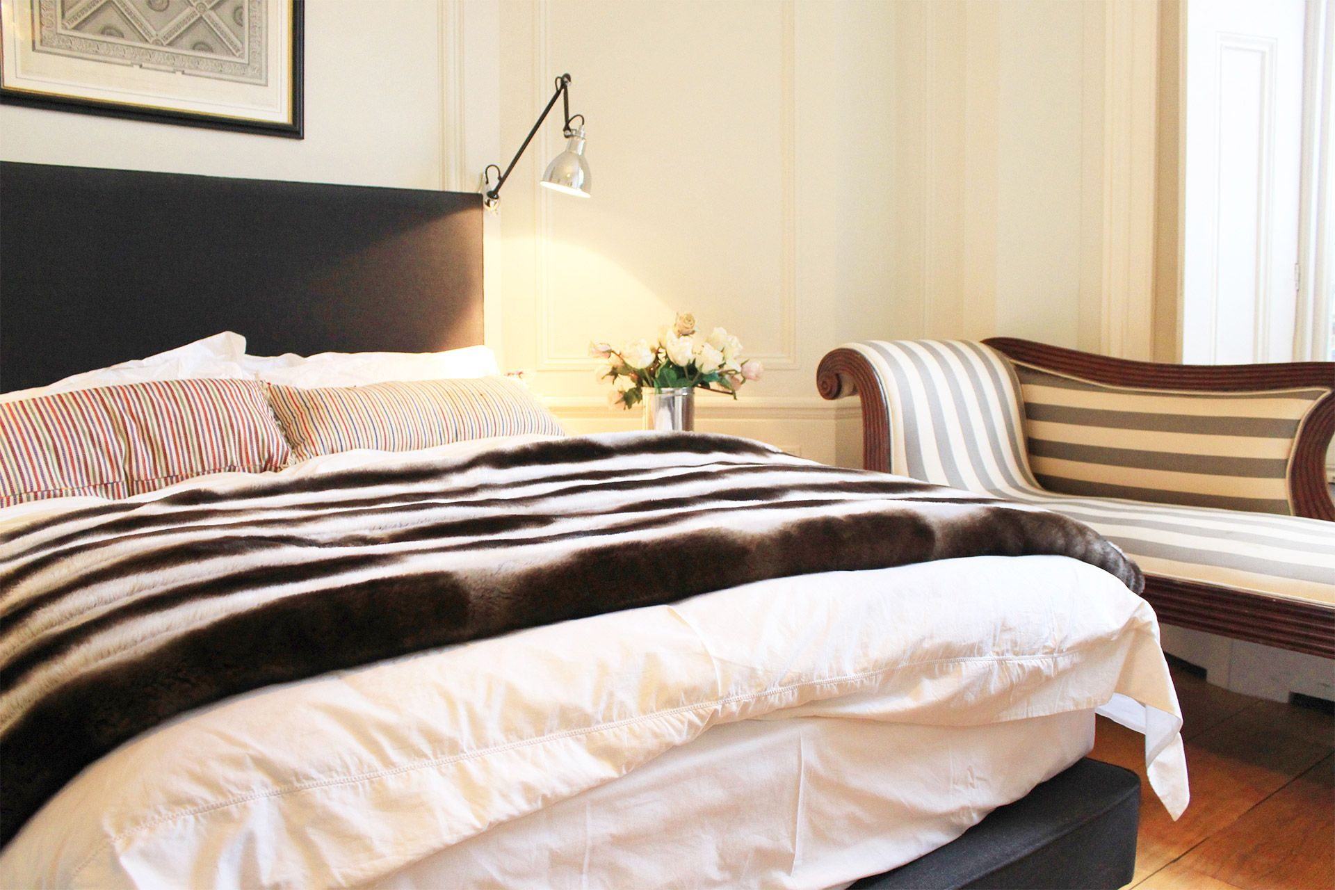 Comfortable bed in the Salisbury vacation rental offered by London Perfect