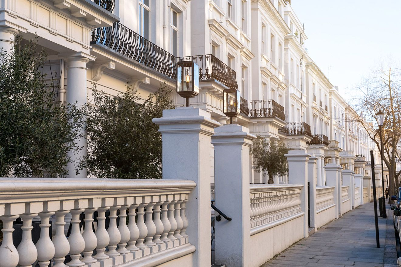 Beautiful white townhouses in Kensington London