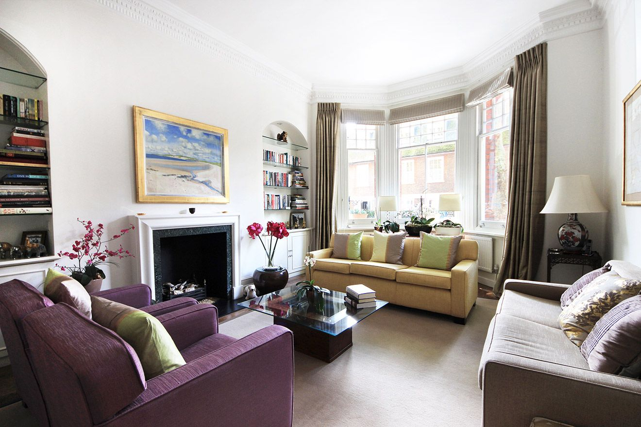 Elegant and bright living room of the Christchurch vacation rental offered by London Perfect
