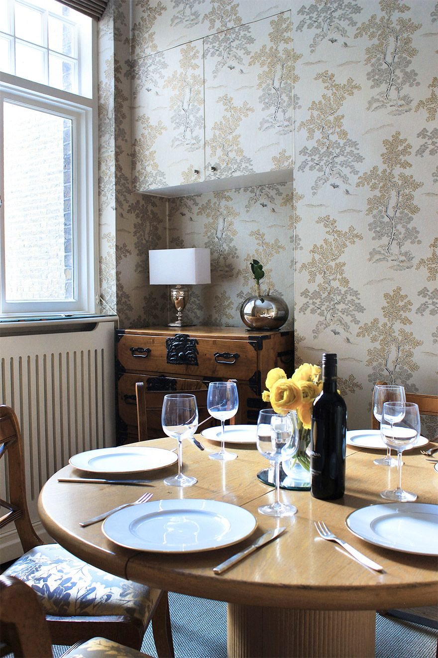Dining table in the Christchurch vacation rental offered by London Perfect