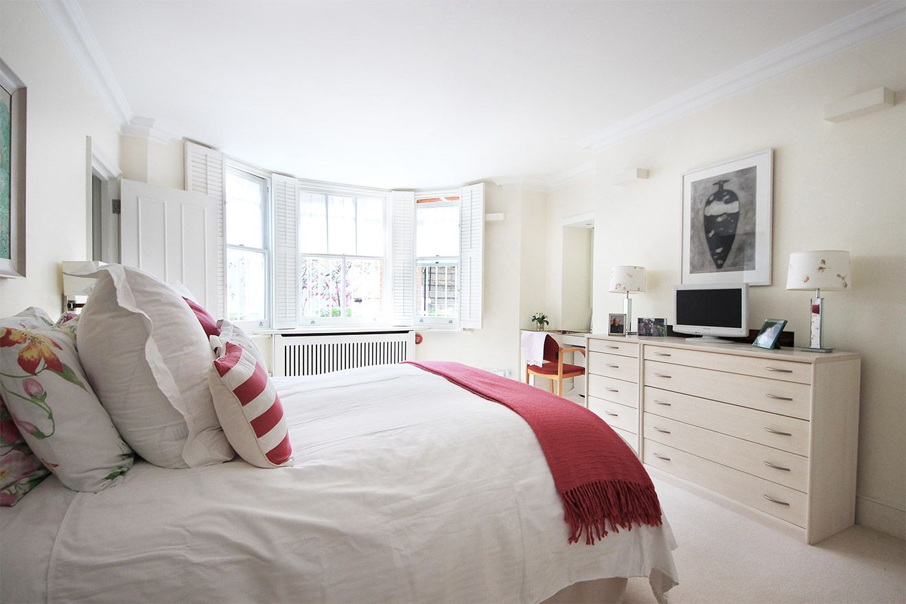 Spacious first Bedroom of the Christchurch vacation rental offered by London Perfect
