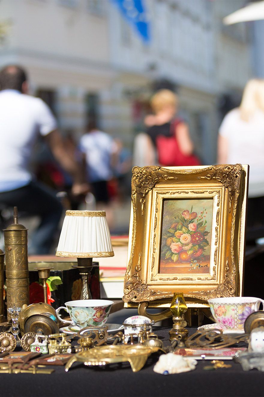 Antique treasures at the Portobello Road market