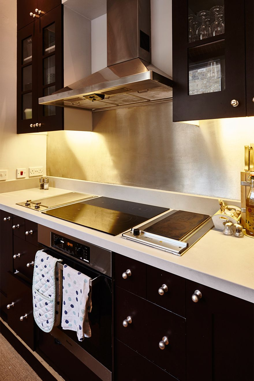 Modern appliances in the kitchen of The Gloucester vacation rental offered by London Perfect