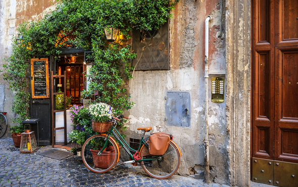 A Guide to Rome's Trastevere Neighborhood
