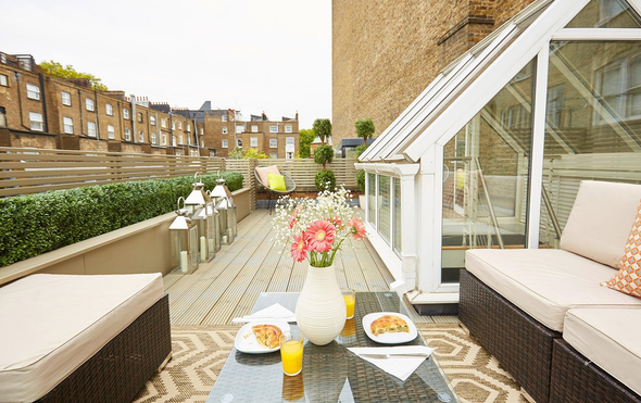 A Luxurious Notting Hill Stay at the Danebury