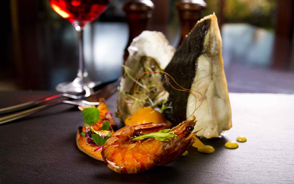 15 Fine-Dining Restaurants in the 7th Arrondissement: Where to Eat near the Eiffel Tower